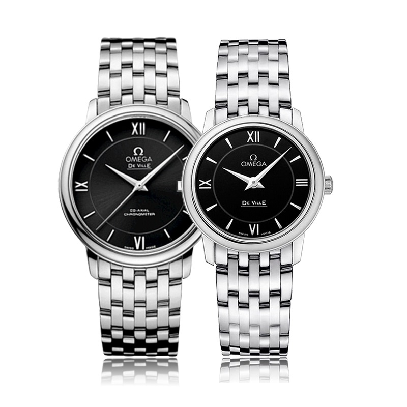 bf07399d41a The steel bracelets matches the black dial and steel case perfectly. Omega  De Ville Replica ...