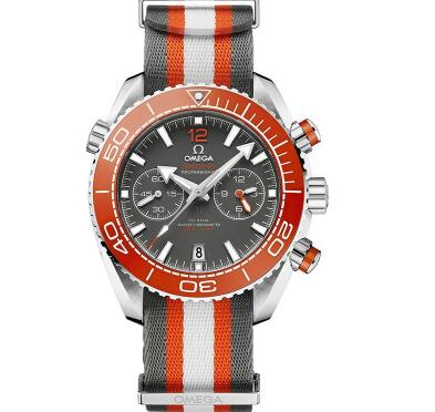 The orange ceramic bezel adds the brilliance to the timepiece.