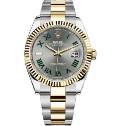 The green Roman numerals hour markers ensure the good readability of fake Rolex.