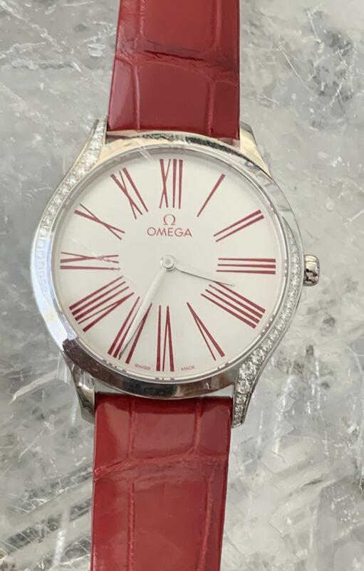 Best replica watches are distinct for the red color.