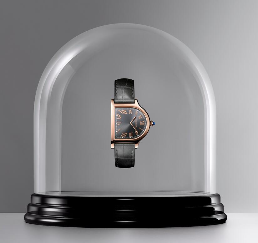 AAA replica watches are made in 18k rose gold.